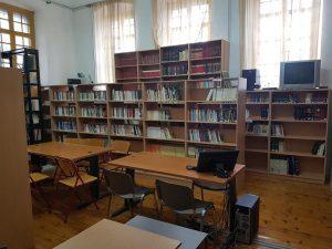 """Βιβλιοθήκη  Νικηφορείου Γυμνασίου """"ΓΙΑΝΝΗΣ ΜΑΓΚΛΗΣ"""""""